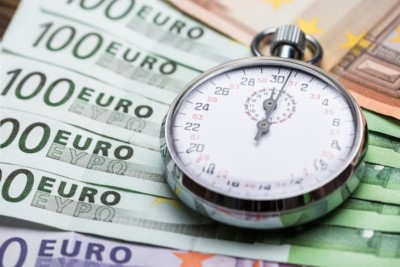 timeouts real cost pocketwatch on euro notes